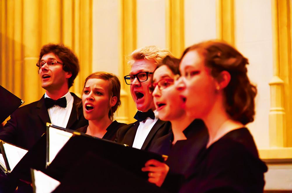 Kammerchor Cantamus unter Leitung von Winfried Müller